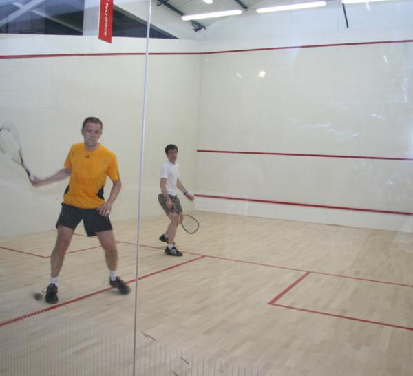Squash !!! C'est parti pour une mini ligue!